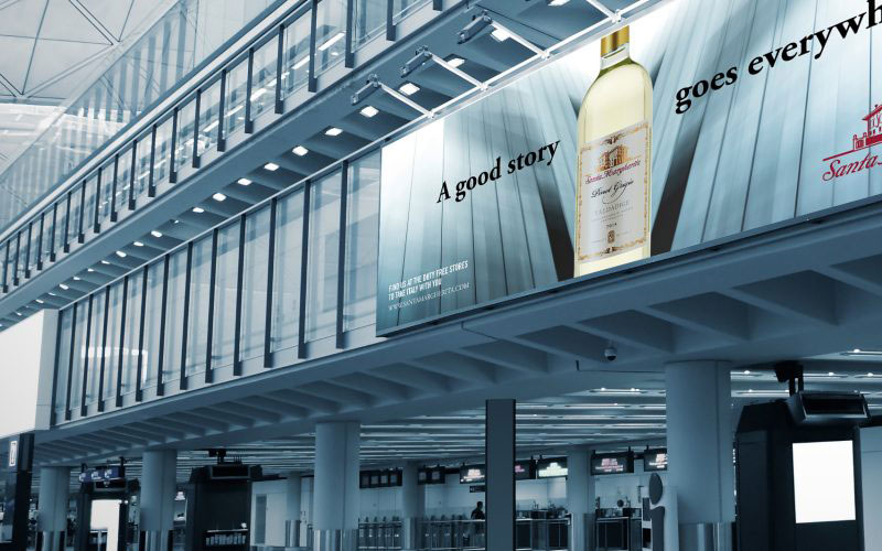 The new advertising campaign designed of Hangar Design Group for Santa Margherita winery has been unveiled.