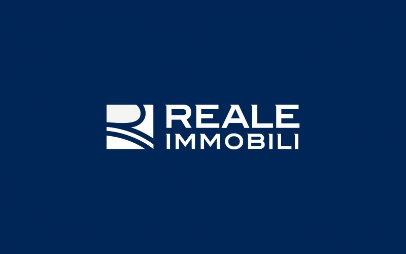 Reale Immobili - With this first project Reale Immobili opens to the web world, coordinated and directed by the Digital Department of Hangar Design Group.