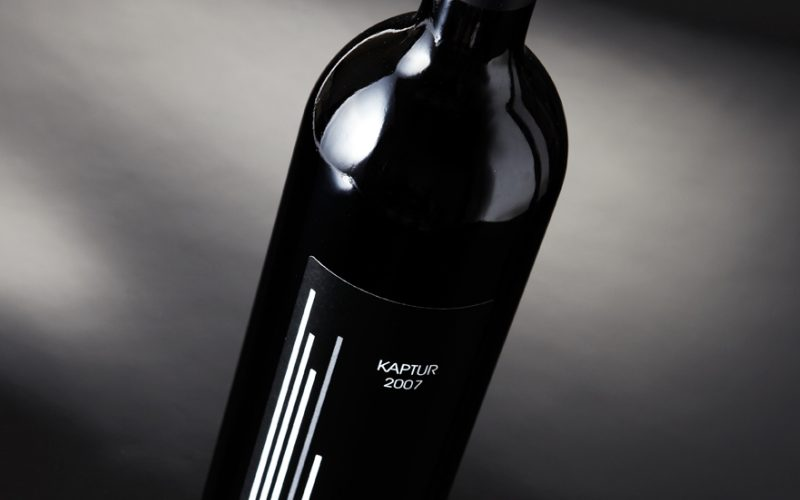 Kaptur - Packaging for an exclusive Spanish wine.